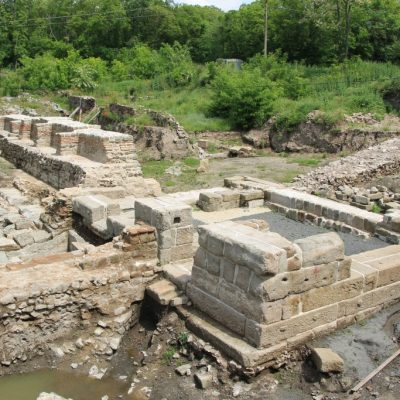 Древния град Акве Калиде