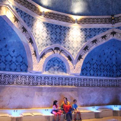 Банята на Сюлейман Великолипни