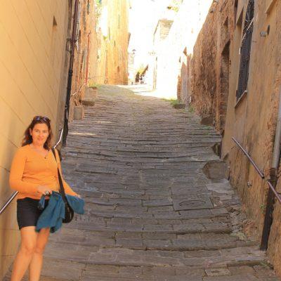 Монталчино по пътя към катедралата