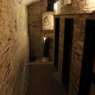 такива коридори водеха от една зала в друга
