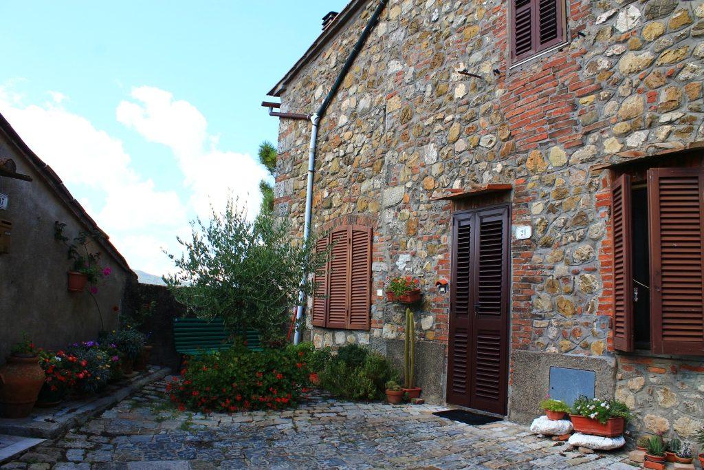 Chiusdino, Tuscany