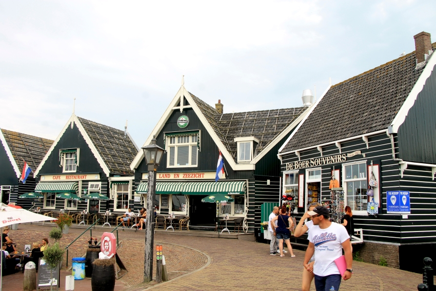 The port of Marken