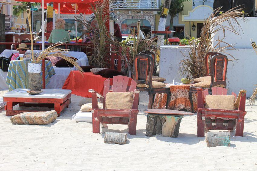 Барът на плажа