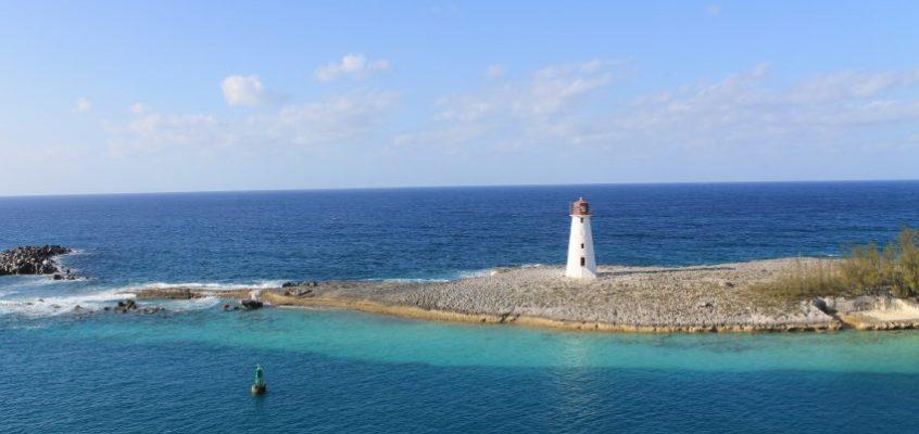 Бахамите – най-синьото море на Земята