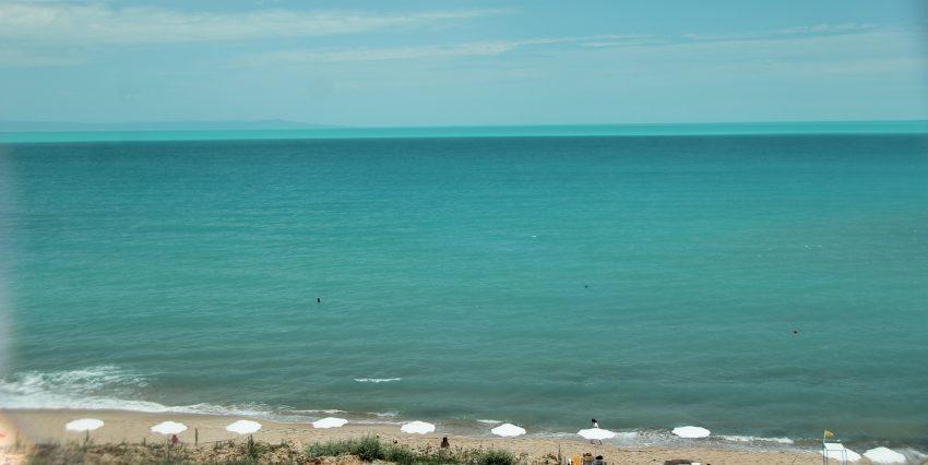 Turquoise Blaxk sea