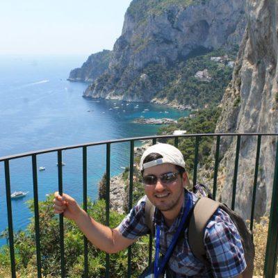 Гледка от градините на Август в Капри