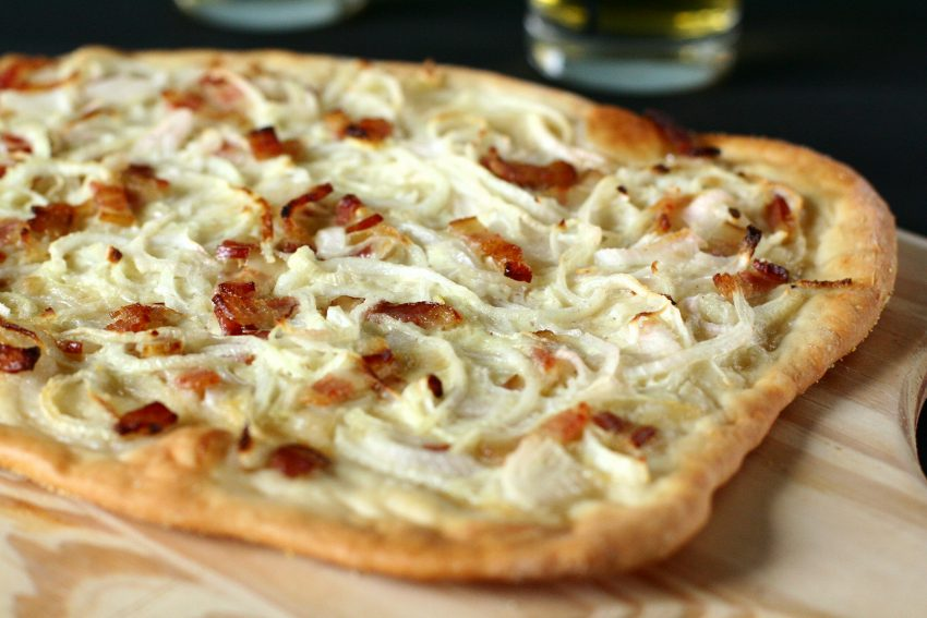 Tarte flambée picture from wikipedia