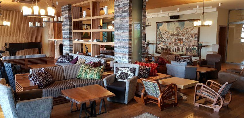 Hot Springs hotel lobby bar