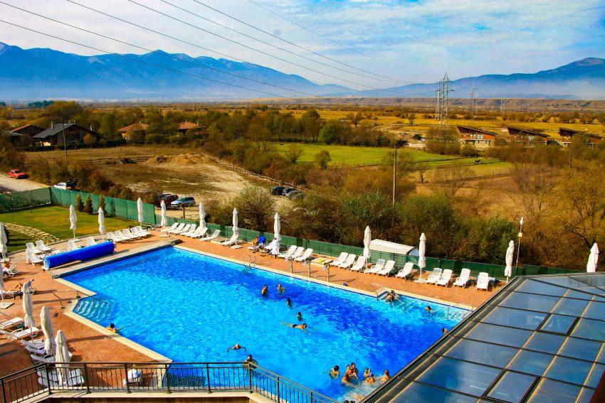 Hot Springs Medical Spa - outdoor pool