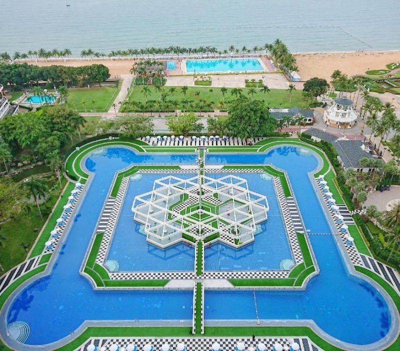 Ambassador City Jomtien pool Thailand