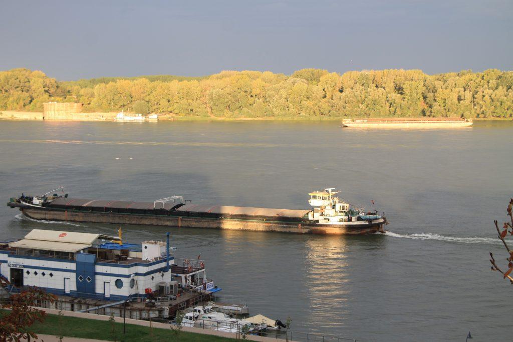 Река Дунав край Русе