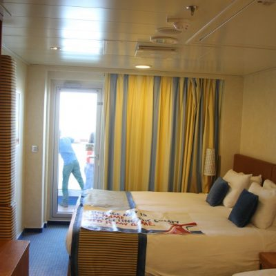 Carnival Breeze cabin 8362
