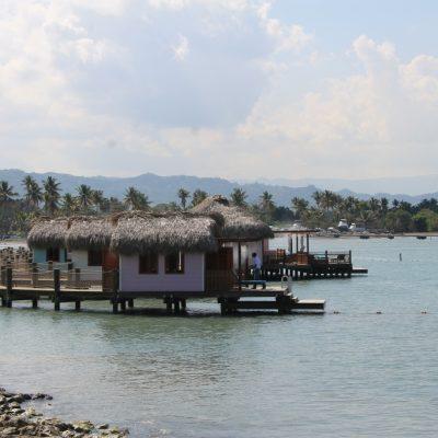 Наколните къщички в Амбър коув, Домениканската република