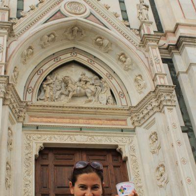 Задължителен момент във Флоренция - сладолед Vivoli пред Санта Кроче