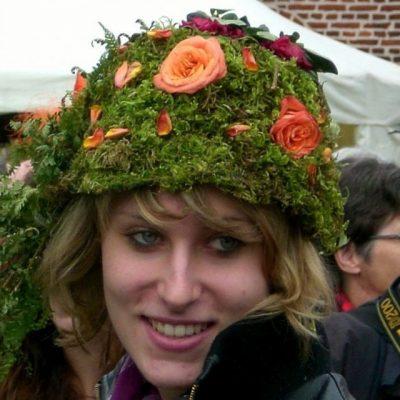 Денят на шапката е първия ден от изложението за цветя Fleuramour в Алден бийзен