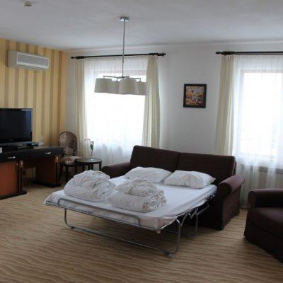 Стая в хотел Каменград