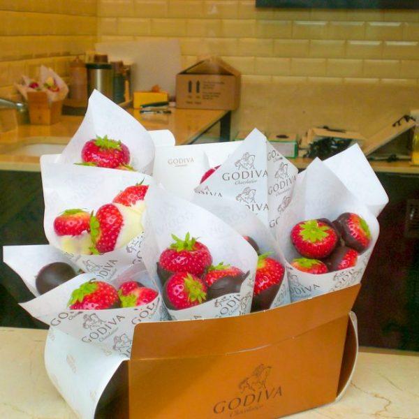 невероятната комбинация на ягоди със шоколад