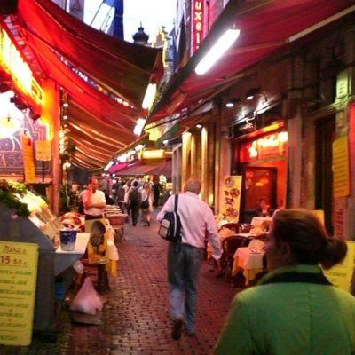 Уличката на ресторантите и гастрономията в Брюксел